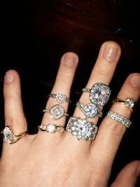 silver-colored and gold-colored ring lot Essex, N0R 1G0