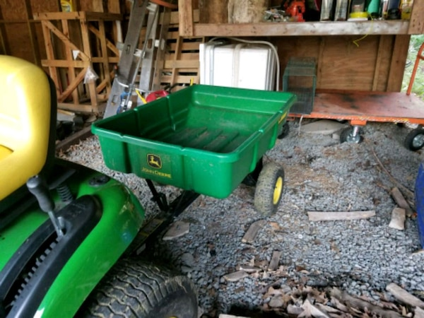 green and black utility trailer