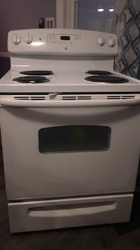 GE self cleaning electric oven. Works great. We replaced it for a black one. Delivery and hook up available 69 mi