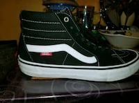 High top vans shoes Toronto, M1K 2N1