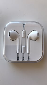 Apple headphones  2295 mi