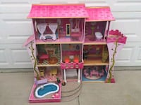 pink and brown dollhouse Henderson, 89074