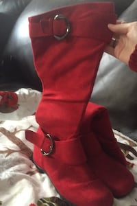 Red suede Christmas boots Arlington, 02474