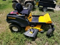 black and yellow Cub Cadet zero-turn mower Justin, 76247