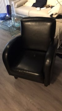 Black leather padded rolling chair Oxon Hill, 20745