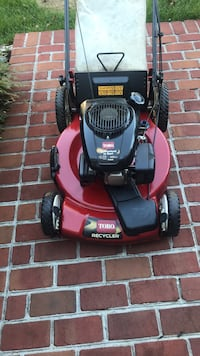 red and black Toro push mower Gainesville, 20155