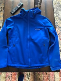 Women's new medium Columbia fleece lined jacket Calgary, T2W