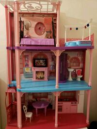 white and pink 3-storey doll house Capitol Heights, 20743