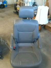 2 right and left blue leather car bucket seat Simi Valley, 93063