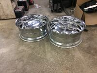 two clear glass bowls with lids Brampton, L6T 4S3