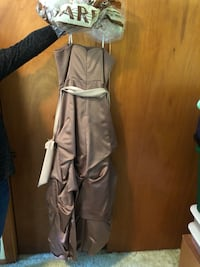 Bronze / Brownish Gown / Dress size 8 perfect for homecoming prom ball Waterford, 06385