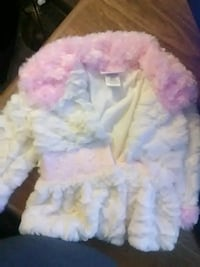 pink and white fur textile Clarksville, 72830