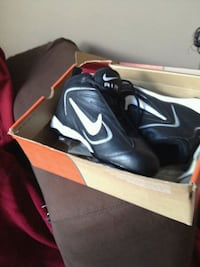 Nike ball cleats shoes leather spikes baseball