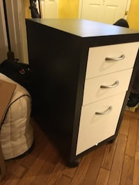 Office Drawers -2 $25 each( can buy 1) Can make into a desk Centreville, 20120