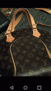 Auth Louis Vuitton Handbag $100 firm Winnipeg