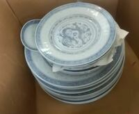 white-and-blue ceramic dinnerware set Wilmington, 28401