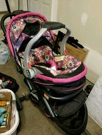 infant carseat and stroller  Ashburn, 20148