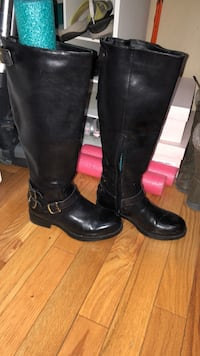 Steve Madden leather boots size 6 Cambridge, N3H 5S4
