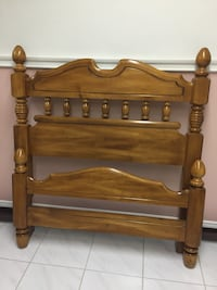 Kroehler solid Maple wood twin bed Markham, L3R