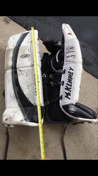Goalie Pads - 32 inches  Vaughan, L6A 1V4