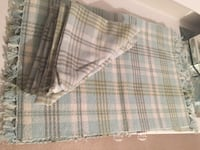 Bnwt 4 fabric napkins and placemats  Aurora, L4G 3W9