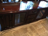 TV Stand / Entertainment console  Chesapeake, 23322