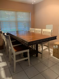 Beautiful Table with six chairs Cooper City, 33330