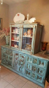 Beautiful turquoise cabinet. Los Angeles, 91401
