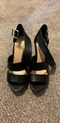 Jessica Simpson wedges Worcester, 01602