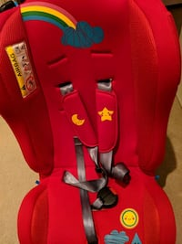 red and black car seat carrier Greater London, SW11 6AJ
