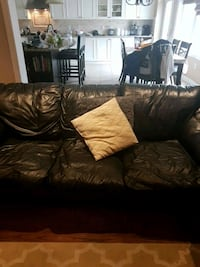 brown leather 3-seat sofa Coldwater, L0K 1E0