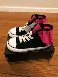 Converse shoes toddler girl sz 9  Silver Spring, 20906