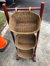 3 tier badkets Somers Point, 08244