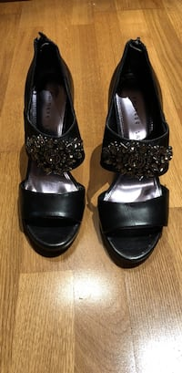 new chinese laundry  size 8 sandals heels Shoes Melbourne Beach, 32951