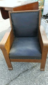 Original leather seat open to offers Amherstburg, N0R 1J0