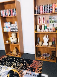 Psychic readings candles and crystals