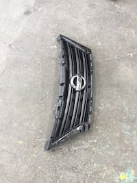 Nissan Altima 2016 OEM grill Silver Spring, 20910