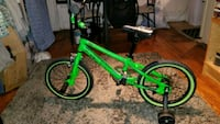 Childs bike with training wheels  null