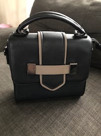 Black and brown purse Grimsby, L3M 1C4
