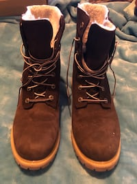 Timberland insulted Hiking Boots—Size 9W Hurst, 76053