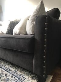 Couch Toronto, M6M 2A5