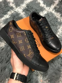 Louis Vuitton sneakers size 8-8.5 Tampa, 33634
