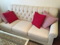 Beautiful sofa set (made in Canada) Vaughan