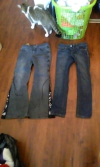 2 pairs of kids jeans
