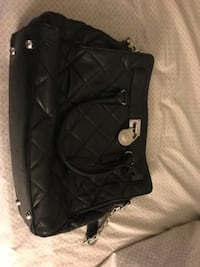 black leather quilted shoulder bag HARTFORD