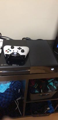 Black xbox one console with controller Surrey, V3S 8C3