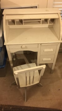Children's antique rolltop desk and chair Brookeville, 20833
