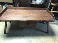 Antique coffee table Hagerstown, 21742