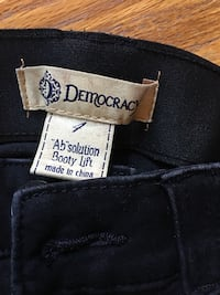 Women's black Democracy jeans size 4 barely worn Shakopee, 55379