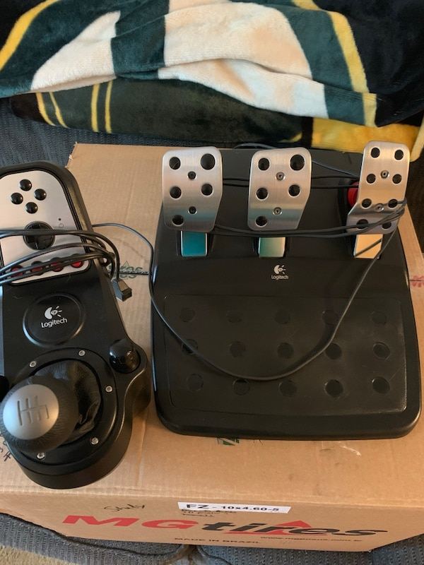 Logitech G27 Pedals and Shifter
